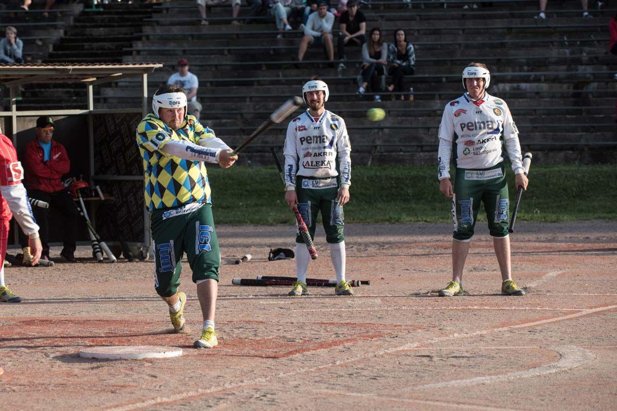 Tuura ja Mäki jatkosopimuksiin Palloilijoiden kanssa
