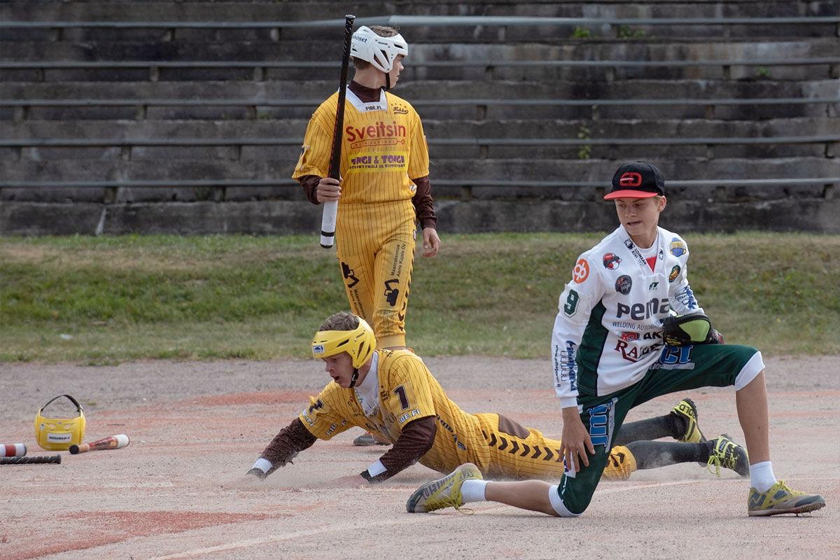 Elmeri Iivosen saldo Palloilijoiden edustusjoukkueen lukkarina kertoo kaiken tarvittavan: 19 ottelua, 17 voittoa.